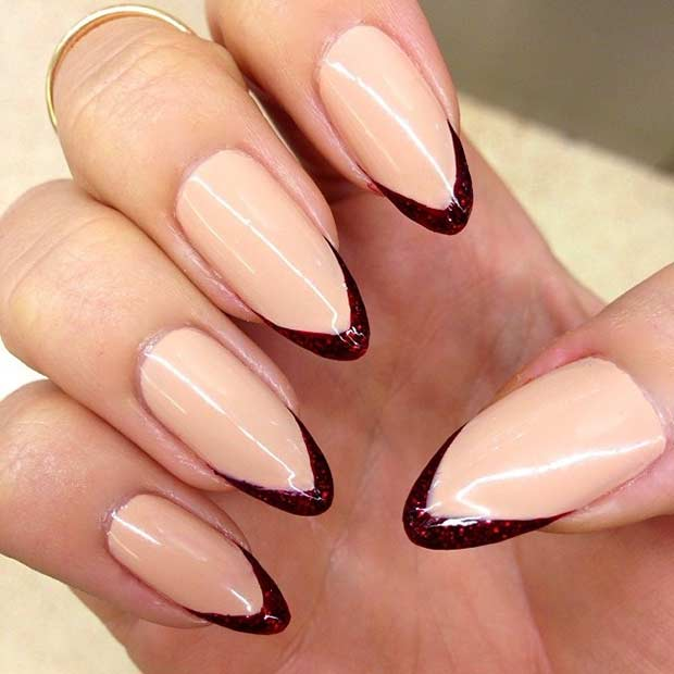 İnce Burgundy French Tip Manicure