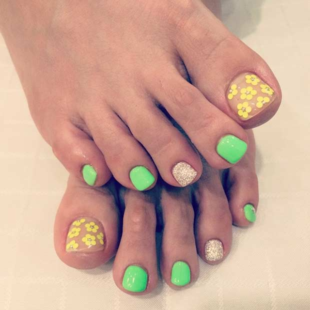verde and Yellow Flower Pedicure Design