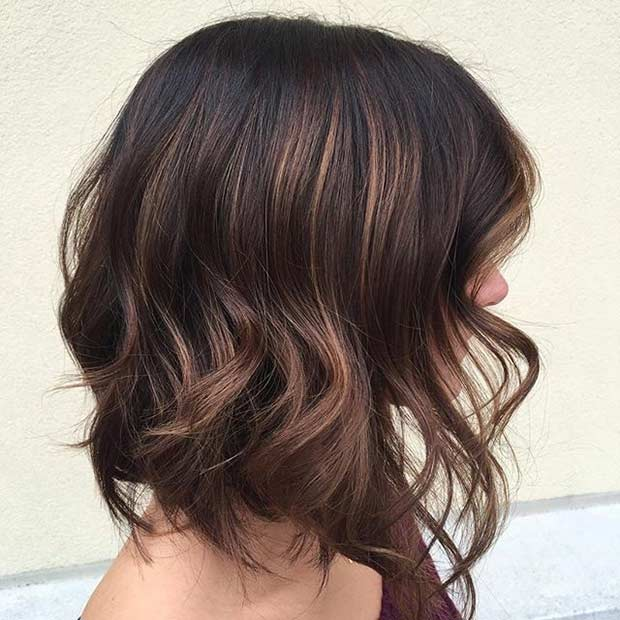 Lobb Haircut with Layers for Brunettes