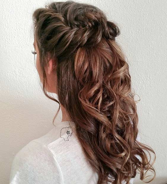 หยิก Fishtail Braid Half Updo for Long Hair