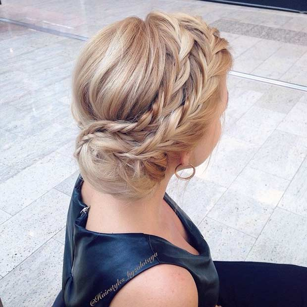 बन to the Side Updo for Prom
