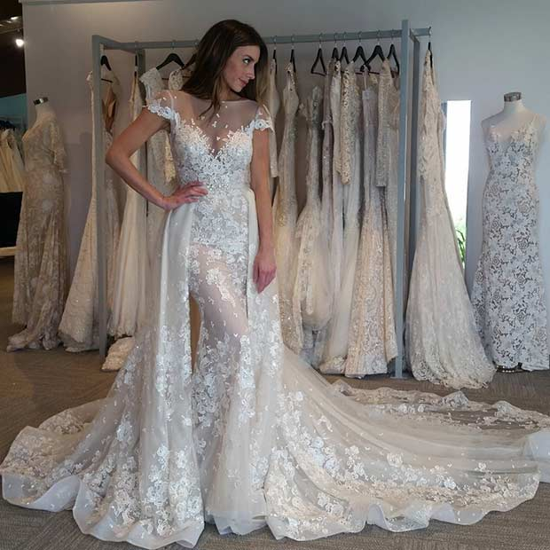 jedinstvena Lace Wedding Dress with Short Sleeves