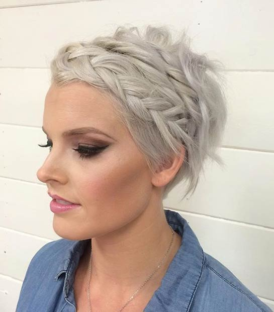 u obliku pletenice Pixie Wedding Hairstyle for Short Hair