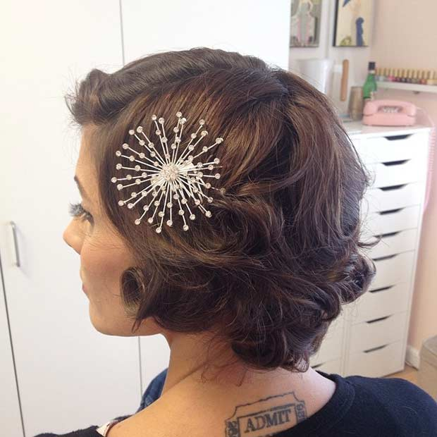 kovrčav Retro Wedding Hairstyle for Short Hair