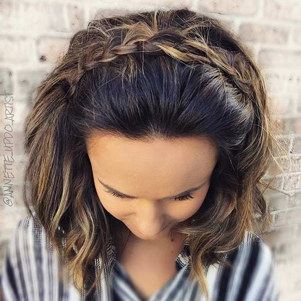 u obliku pletenice Headband Wedding Hairstyle for Medium Length Hair