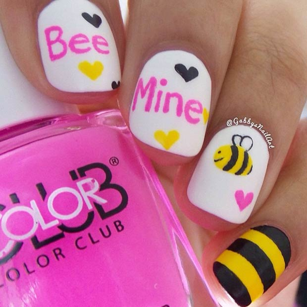 Слатко Bee Mine Valentines Day Nails