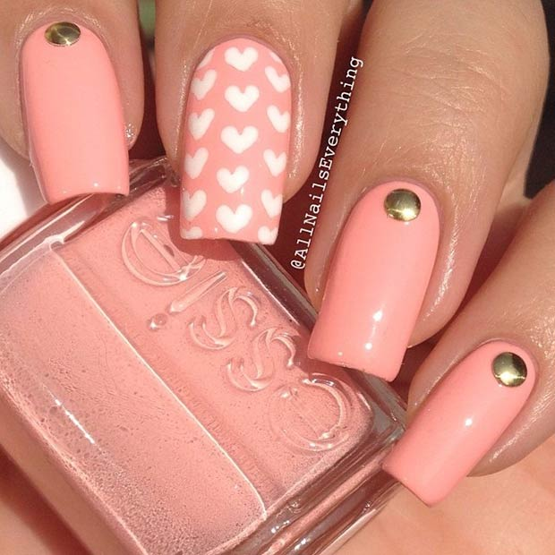 Једноставно Heart Nail Design for Valentines Day
