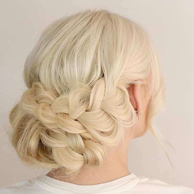 בוהו Braided Updo for Blondes