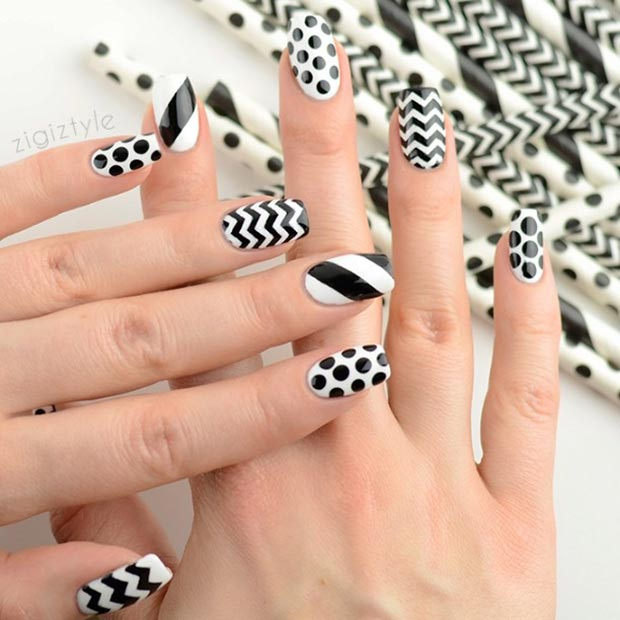 Črna and White Pattern Nails