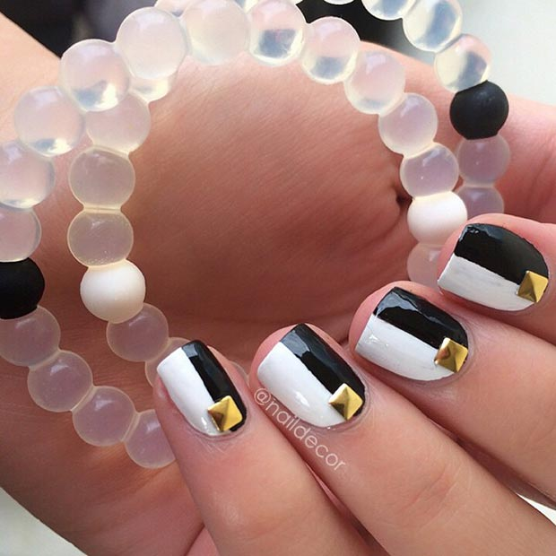 Črna and White Nails with Gold Studs
