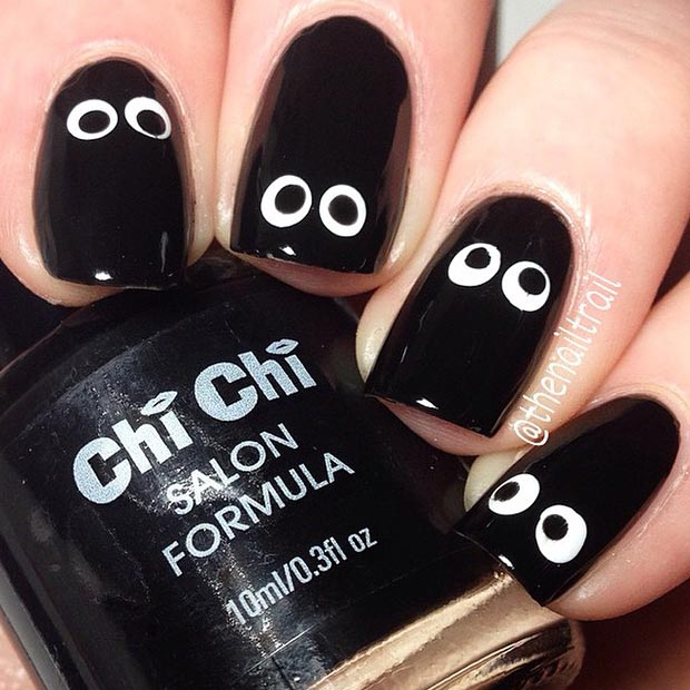 Googly Eyes Nail Design