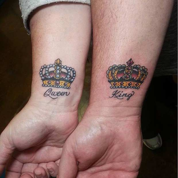 Színes King and Queen Wrist Tattoos