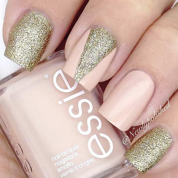 Persika and Golden Glitter Nail Art Design