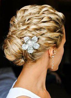 Traditionell updo