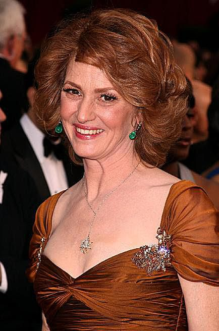 שַׂחְקָנִית Melissa Leo for 'Frozen River' arrives at the 81st Annual Academy Awards held at Kodak Theatre on February 22, 2009 in Los Angeles, California.
