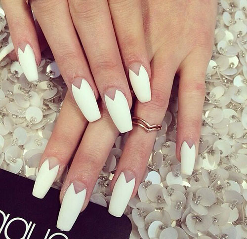 Lång White Matte Coffin Nails