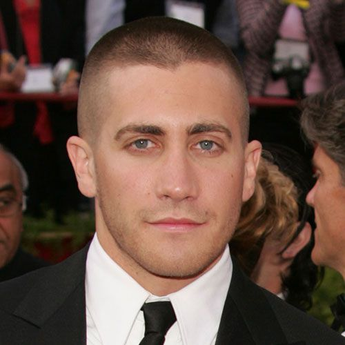 जेक Gyllenhaal Shaved Head