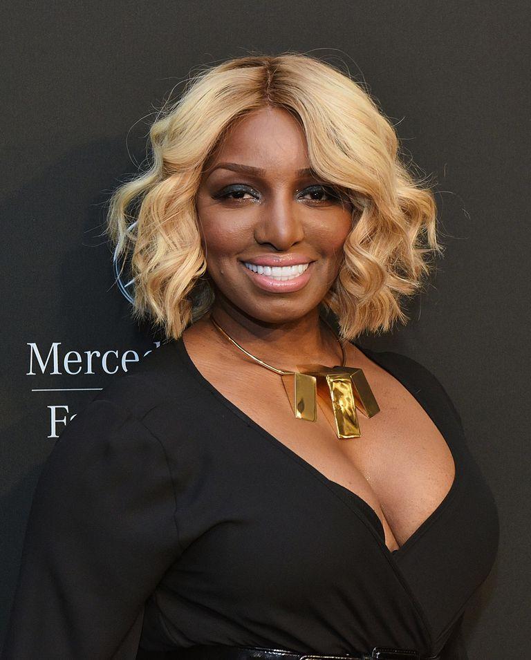 stora svarta kvinnor bilder Mer från Lois Griffen Porno