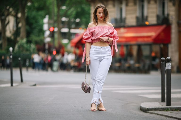 सड़क style outfit - white jeans and off the shoulder crop top
