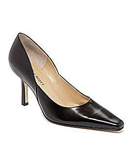 करेन Scott Black Pumps