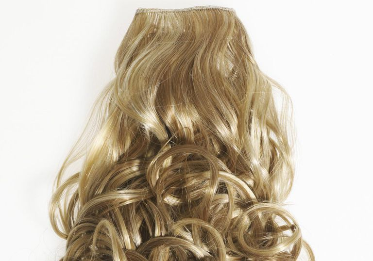 Коврџава blond hair extension