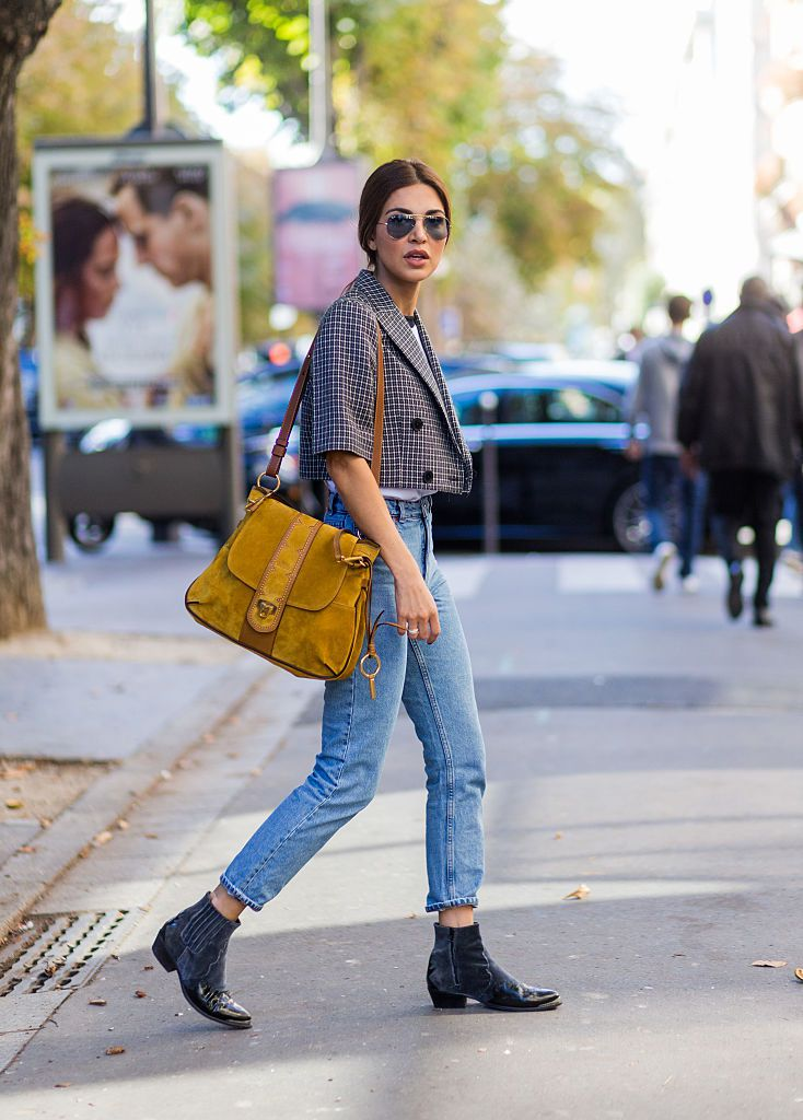Улица style jeans and designer purse
