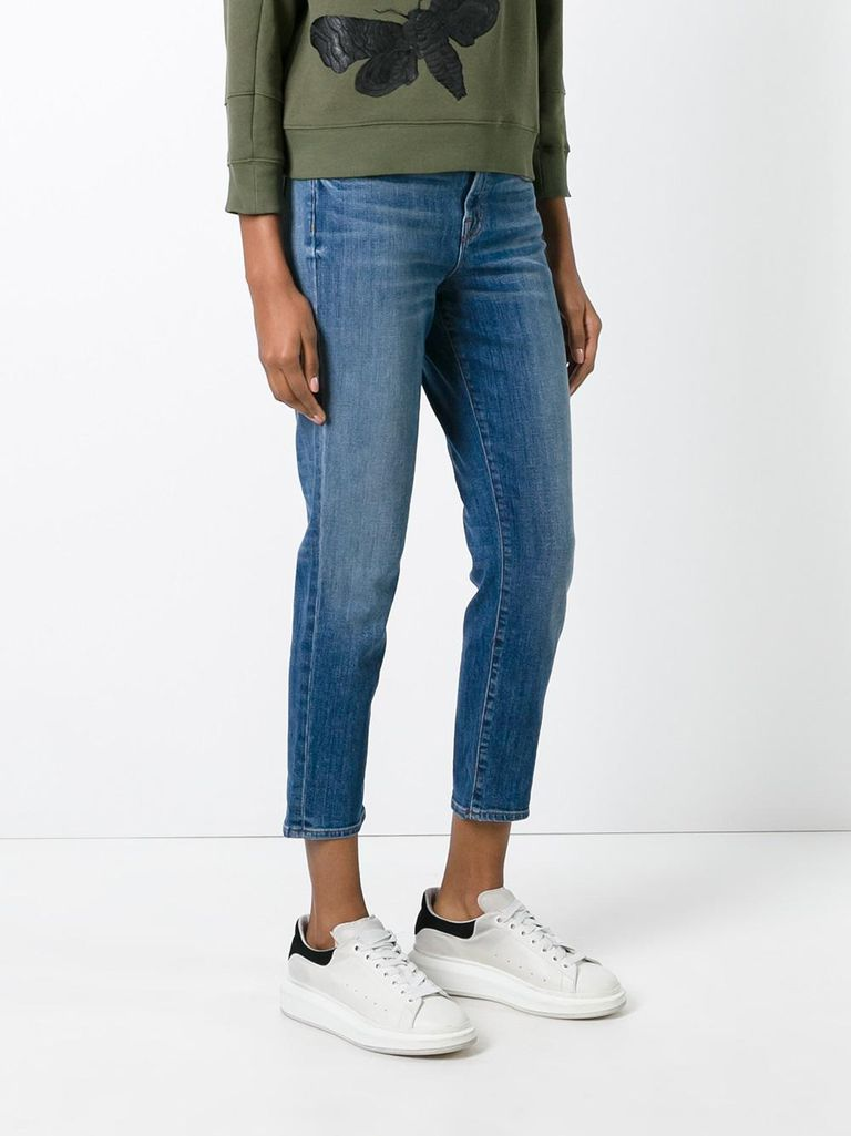 J Brand Petite Jeans in cropped fit