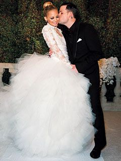 Nicole Richie in Marchesa wedding dress