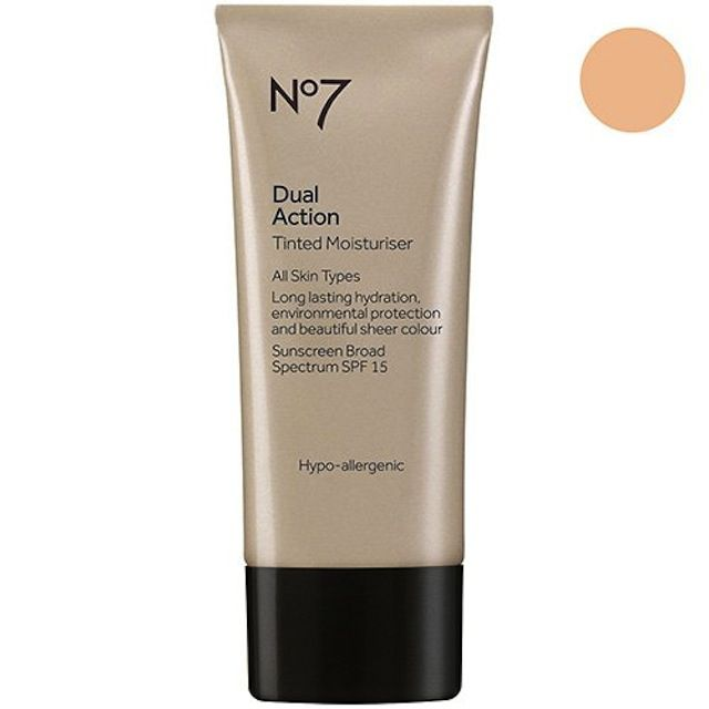 Čevlji No7 Dual Action Tinted Moisturiser Fair 1.6 ounce (SPF15)