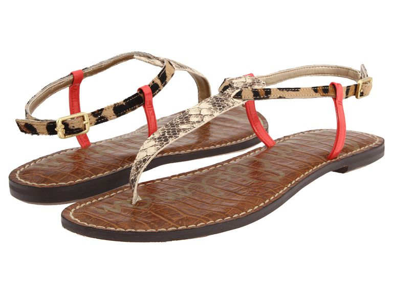 Snål thong sandals with reptile print, leopard print, and red straps.