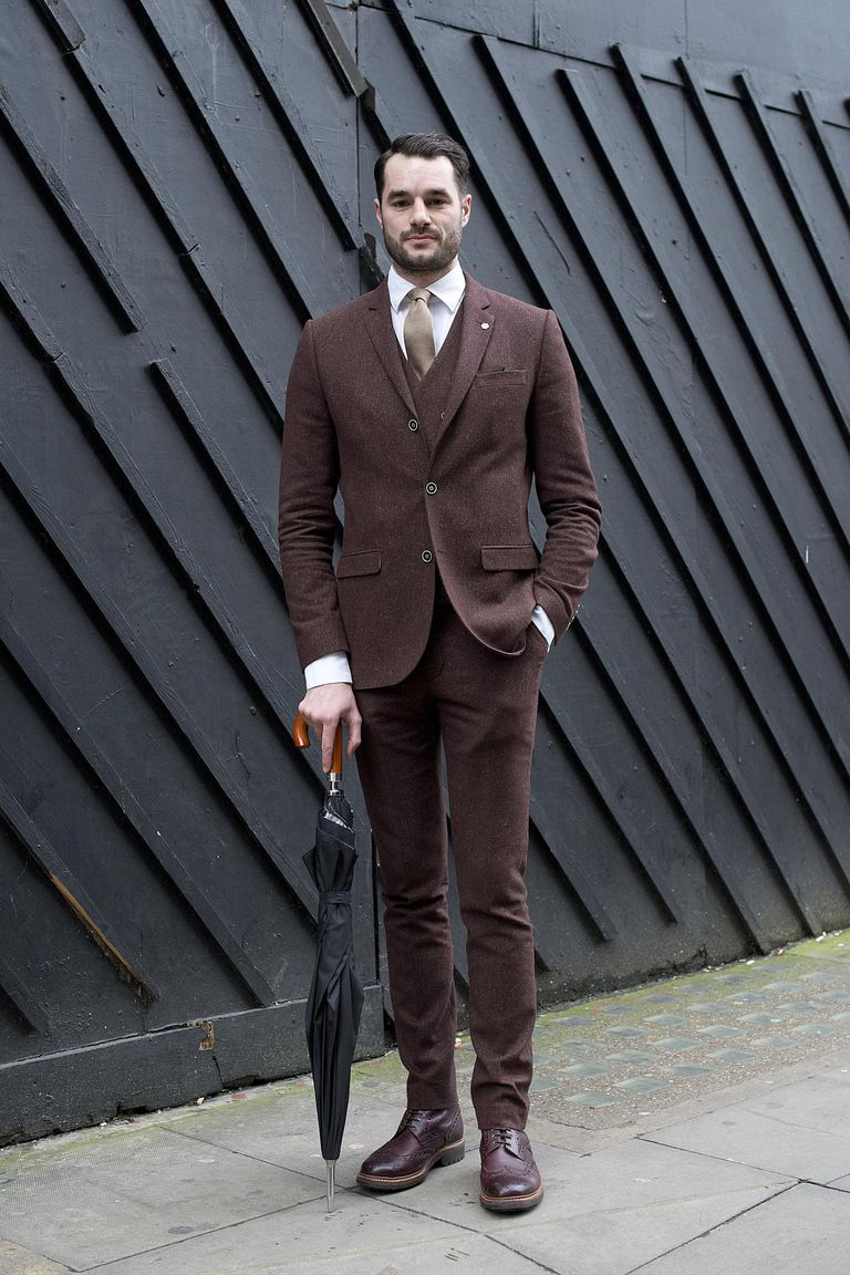 televizor presenter Stevie Kelly wearing a River Island suit, Grenson boots, Emma Willis shirt and a vintage tie.