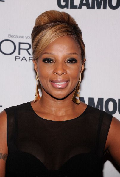 Mary J. Blige updo hairstyle