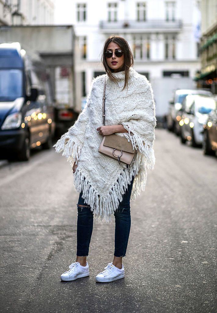 utca style grey jeans and poncho
