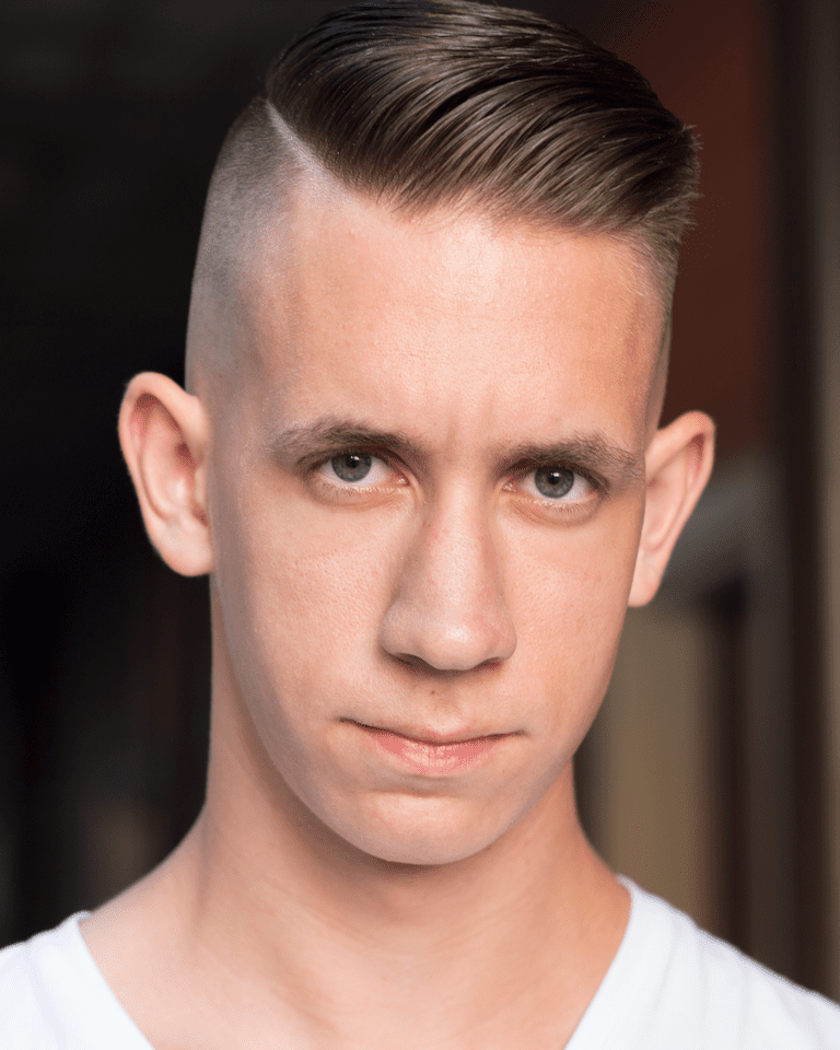 Férfiak's Undercut Haircut