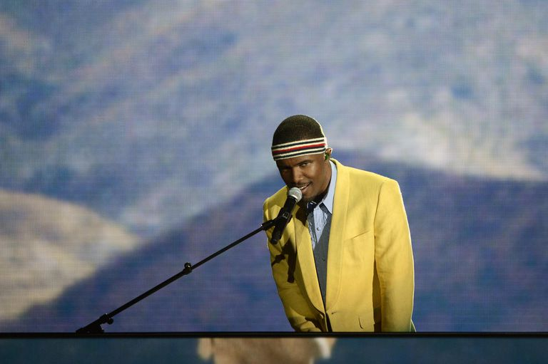 Сингер Frank Ocean performs onstage at the 55th Annual GRAMMY Awards at Staples Center on February 10, 2013 in Los Angeles, California.