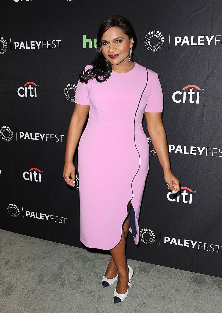 Глумица Mindy Kaling attends the Hulu event at the PaleyFest 2016 fall TV preview at The Paley Center for Media on September 15, 2016 in Beverly Hills, California.