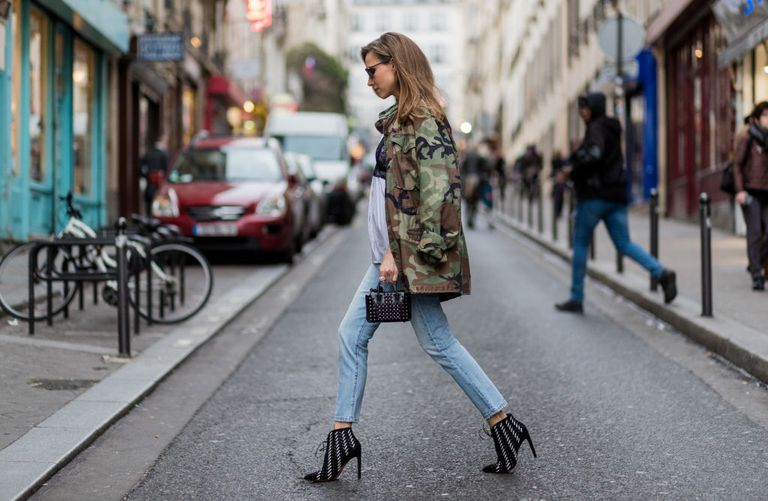 רְחוֹב style jeans and ankle boots